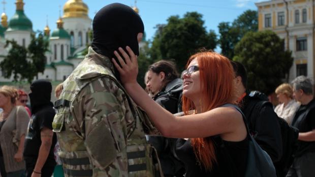 Как живеят в Донецката Народна Република?