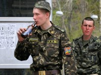 Войниците на Киев са дрогирани и пияни