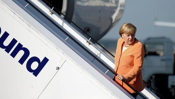 Меркел няма да отиде на Парада на победата в Москва