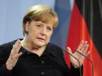 Меркел разкритикува източноевропейските правителства, които отказват да приемат бежанци.