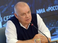 """""""Русия днес"""" е възмутена от призива на редактора на The Economist към бойкот"""