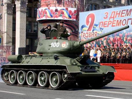 Киев търси друга дата за Деня на победата