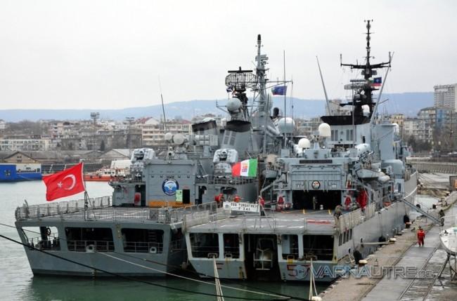 Лошото време не пусна натовски кораби във Варна