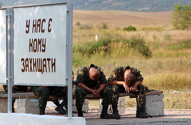 Съветникът на Порошенко: мобилизират «алкохолици, наркомании и идиоти»