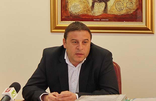 """Достойно честване на 137 г. от Освобождението: Благоевградският градоначалник Ат. Камбитов е """"Кмет на месеца"""""""