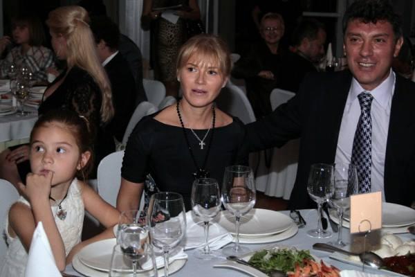 Борис Немцов с Ирина Королева и дъщеря им София