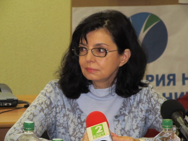 Кунева подкрепя ТПТИ
