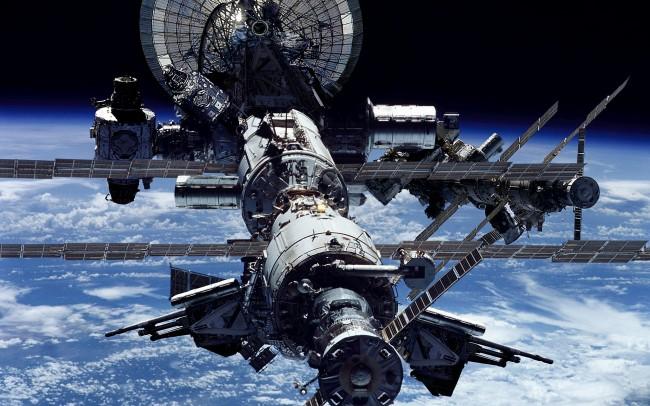 САЩ предложи на Русия да продължи участието си в МКС до 2027-а