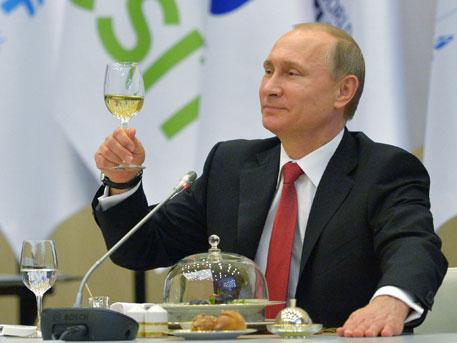 Путин разказа как олигарсите му забранявали да става президент