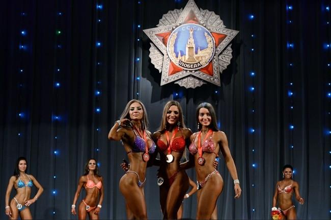 В Новосибирск се проведе шампионат по бодибилдинг за жени