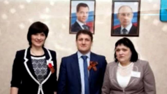 Вместо да залавя терористи, СБУ преследва учители за снимка с руски колега