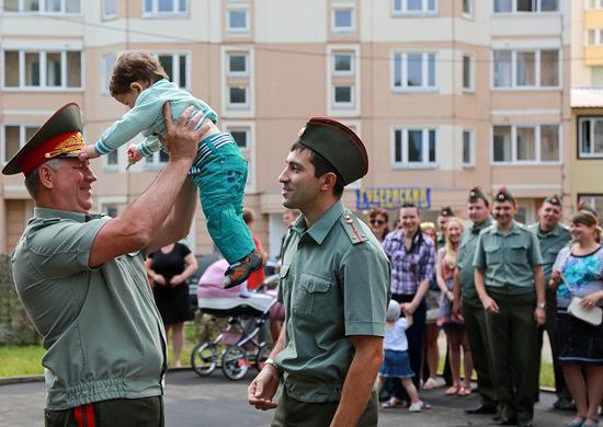 От началото на годината почти 4 хил. семейства на военни получиха жилища