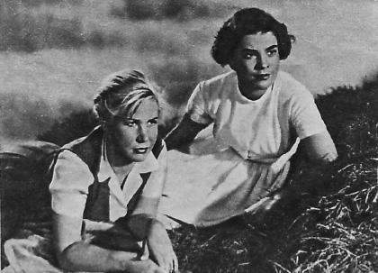 """С Мария Русалиева в """"Димитровградци"""" (1956 г.)"""