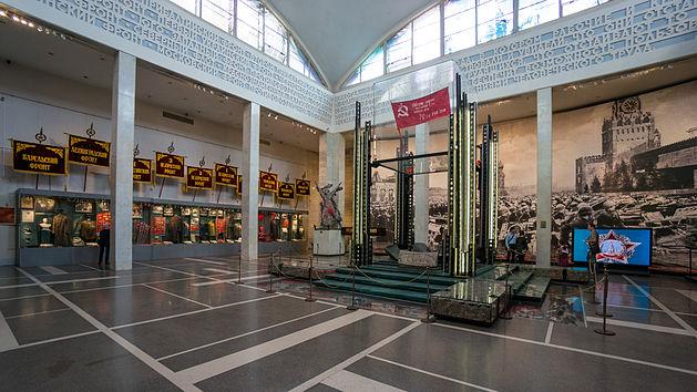 Знамето на Победата в в Централния музей на въоръжените сили в Москва
