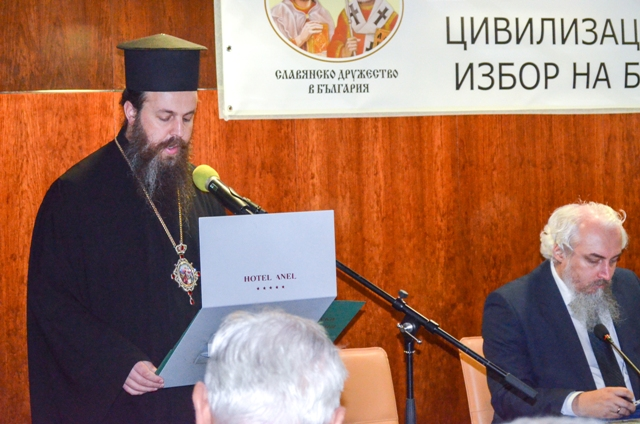 Митрополит Серафим: Има огромен смисъл да се трудим да бъде възстановена вярата в хората