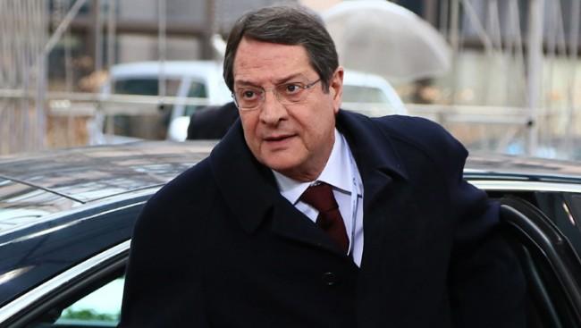 Президентът на Кипър отива на 9 май в Москва