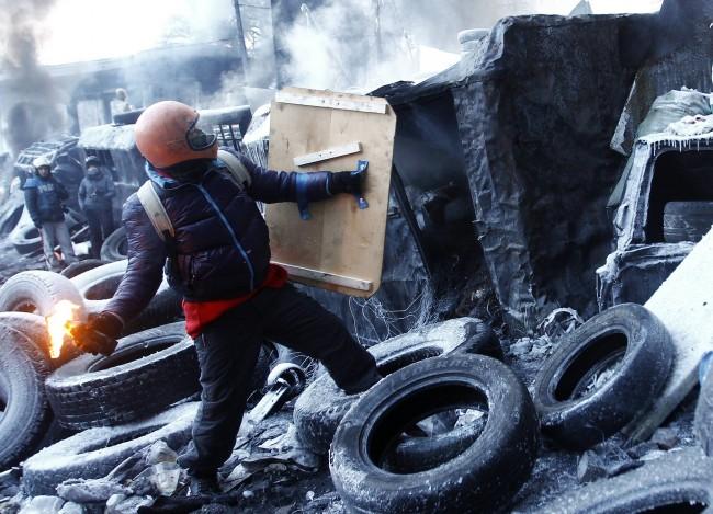 Бивш US разузнавач: САЩ подготвяше няколко години преврата в Киев