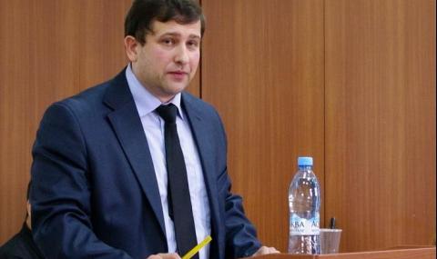 """В Русия има опасност от """"цветна революция"""", но народът се противопоставя"""