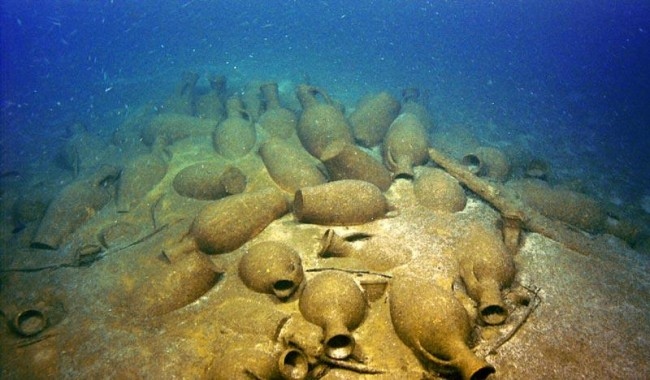 Находка на хилядолетието. Откриха огромен античен кораб в Черно море край Крим