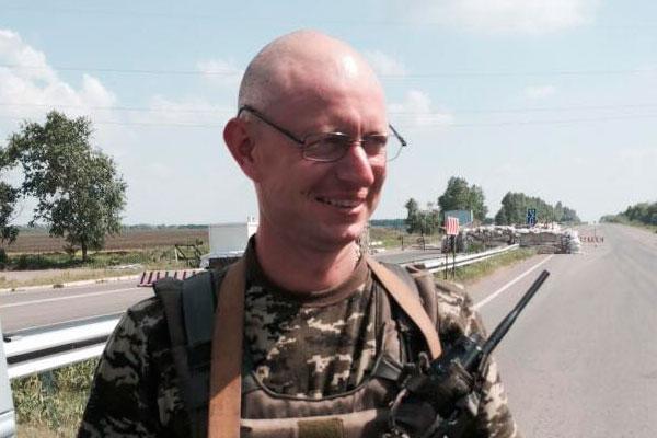 Двойник на Яценюк служи в Донбас