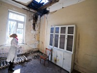 FP: Спасявайки живота на хората, лекарите в Донбас са терористи в очите на Киев