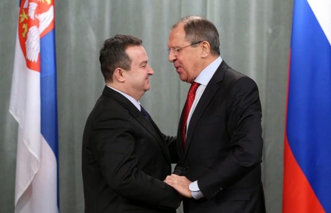 Лавров призовава за защита на християните и борба с тероризма на Балканите
