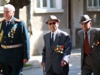 Ветерани от Търговищка област получиха юбилейни медали