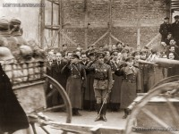 Посрещане на Българската армия, в средата ген. Владимир Стойчев, София 1945г.