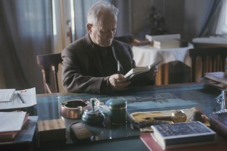 Михаил Шолохов: От казашкото селце до Нобеловата премия