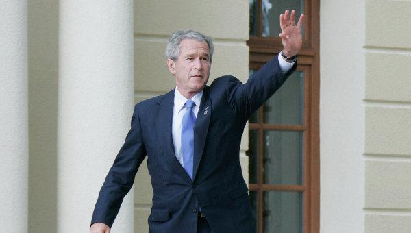 Буш изпреварва Обама по популярност сред американците