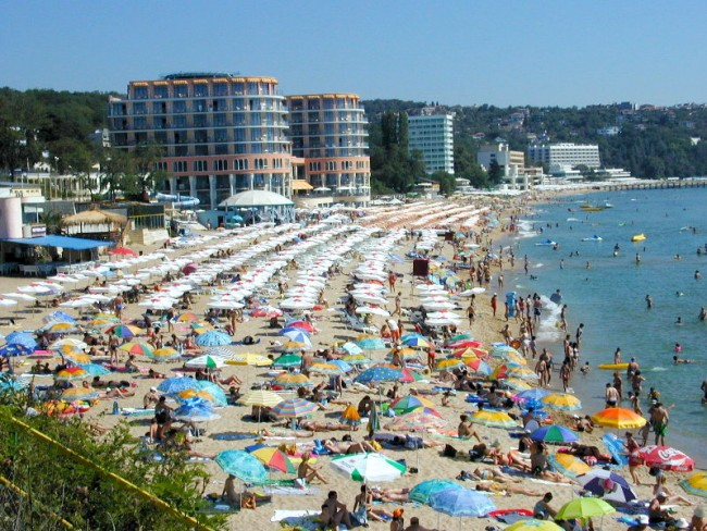 България в топ 10 на предпочитаните летни дестинации на руснаците