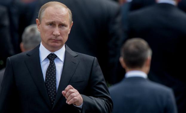 Путин пристигна в Баку