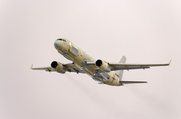 """Самолетът-разузнавач Ту-214Р може да """"вижда"""" обекти дори под земята"""