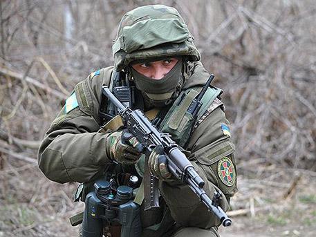 Издирват за дезертьорство бившия командир на украинските вътрешни войски