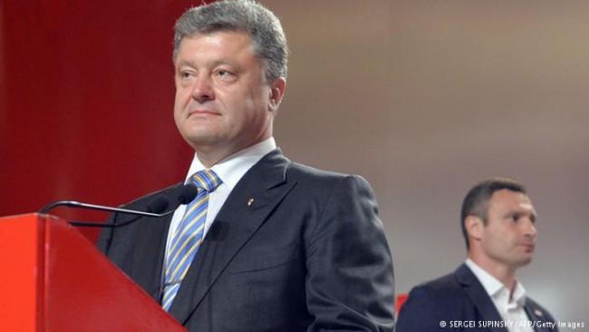 Разрив между досегашните приятели Порошенко и Кличко?