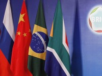 В САЩ разпространяват петиция, призоваваща за сътрудничество с БРИКС