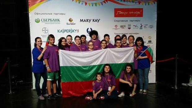 Деца, преборили рака, се почувстваха истински герои, но не в България, а в Москва