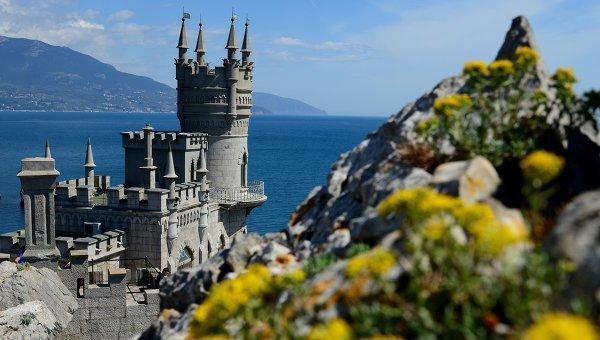 Украинците ходят масово да почиват в Крим