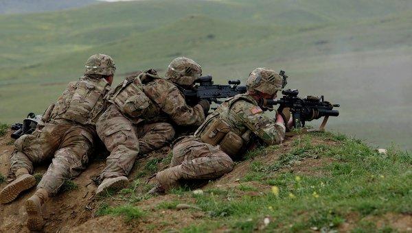Анализатор: Опитите на САЩ да изплашат Русия с военни учения предизвикват смях