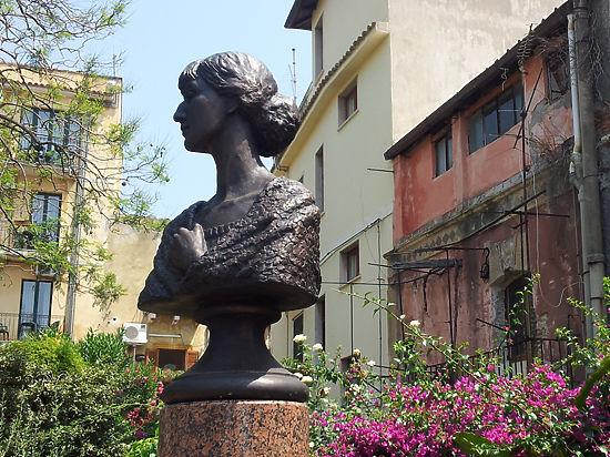В Сицилия откриха паметник на Анна Ахматова