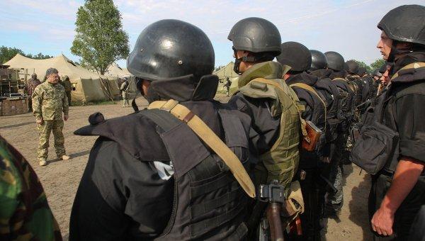 Порошенко премахва съветските звания от украинската армия