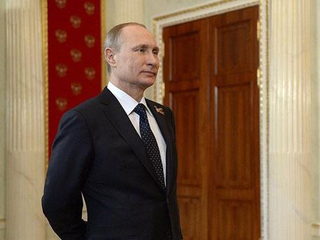 Путин ще подари кученце на момиченце от Киргизстан