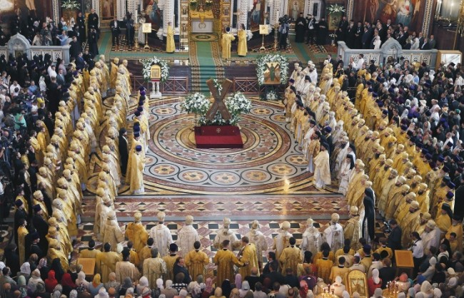 Патриарх Кирил: Съвременното човечество създава идоли много по-страшни от киевския Перун