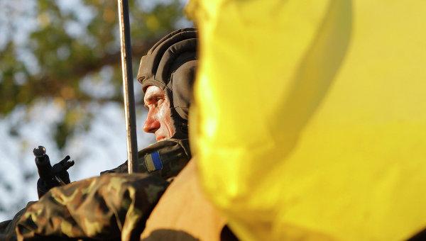 Порошенко: Никой не изтегля военните от Мариупол, защитата се усилва