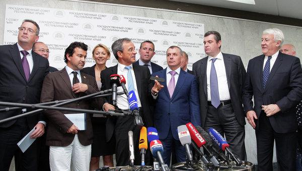 Украински депутат заплаши френската делегация със затвор заради визитата й в Крим