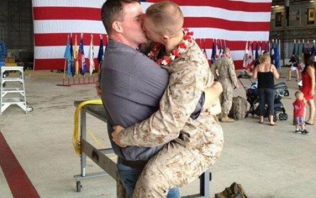 Транссексуални ще могат открито да служат в американската армия