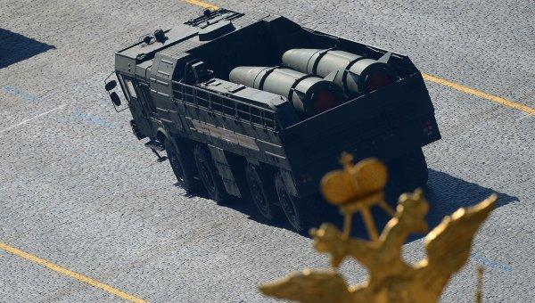 """Руските войски отработват стрелба с """"Искандер-М"""" на ученията край Астрахан"""