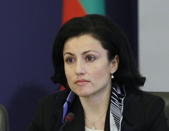 Танева: Най-доброто решение е санкциите срещу Русия да отпаднат