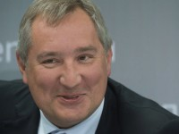 Рогозин се пошегува с военната помощ от Запада за украинската армия