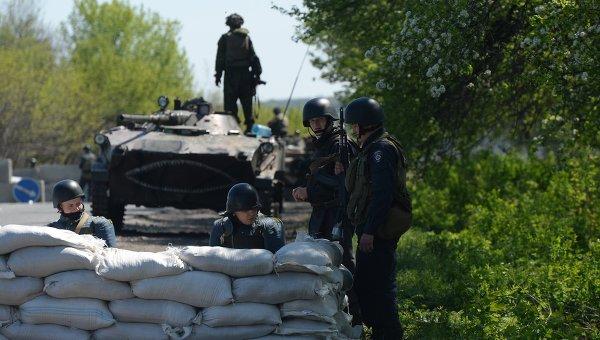 Украинските военни продължават да заплашват духовенството
